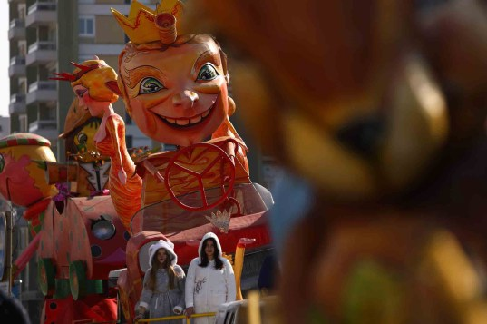 Char de Carnaval de Chalon-sur-Saone 2019