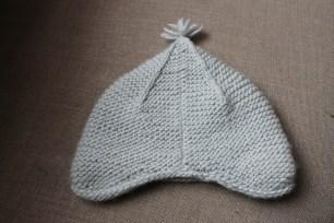 Nicole's Garter Ear Flap Hat | kaleidoscopecity.wordpress.com