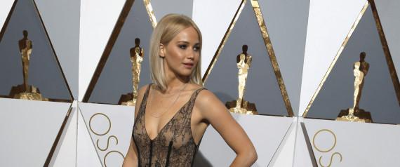 Όχι, η Jennifer Lawrence δεν έχει ένα φυσιολογικό σώμα