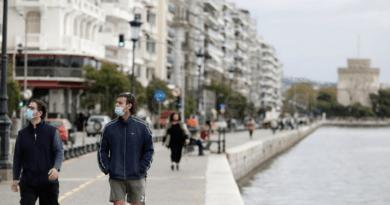 Πλεύρης για Θεσσαλονίκη – Δεν υπάρχει θέμα μέτρων και lockdown – Πού «χτύπησε» καμπανάκι