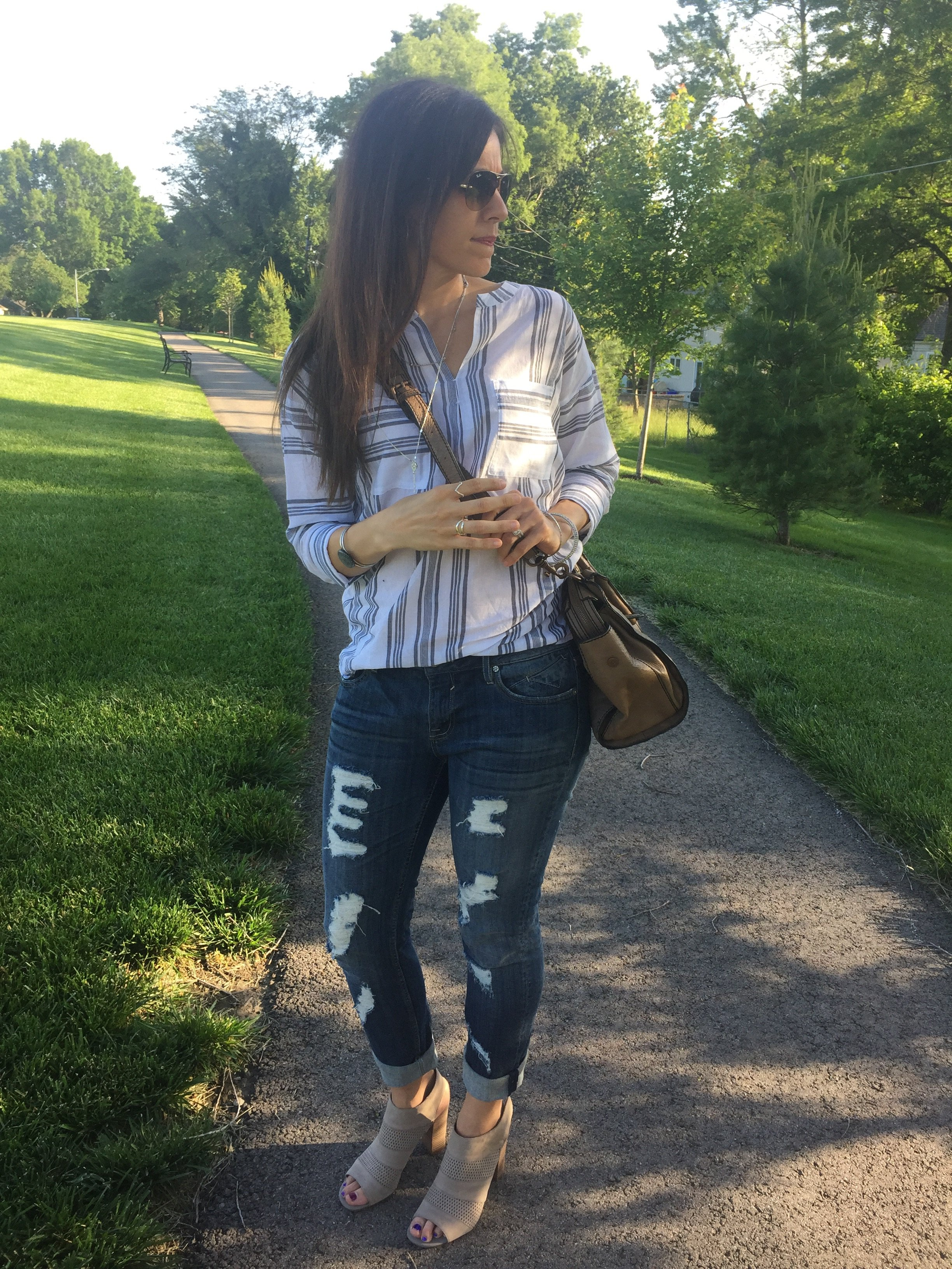 Striped Boyfriend Tunic and Distressed Jeans   How to style distressed jeans   How to style boyfriend jeans   Distressed jeans outfit   Tunic outfit