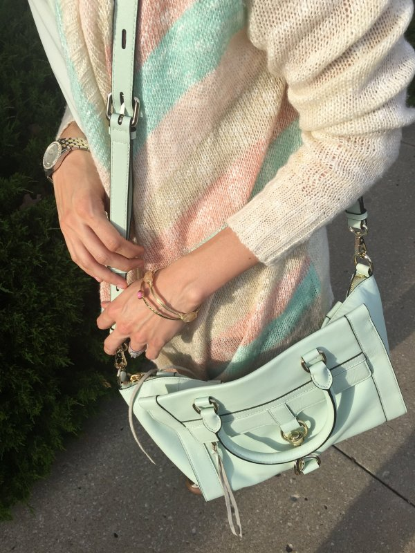 Spring Cardigan and Skinnies | How to style a cardigan | Skinny jeans outfit | Pastel outfit ideas | spring fashion tips | cool weather fashion
