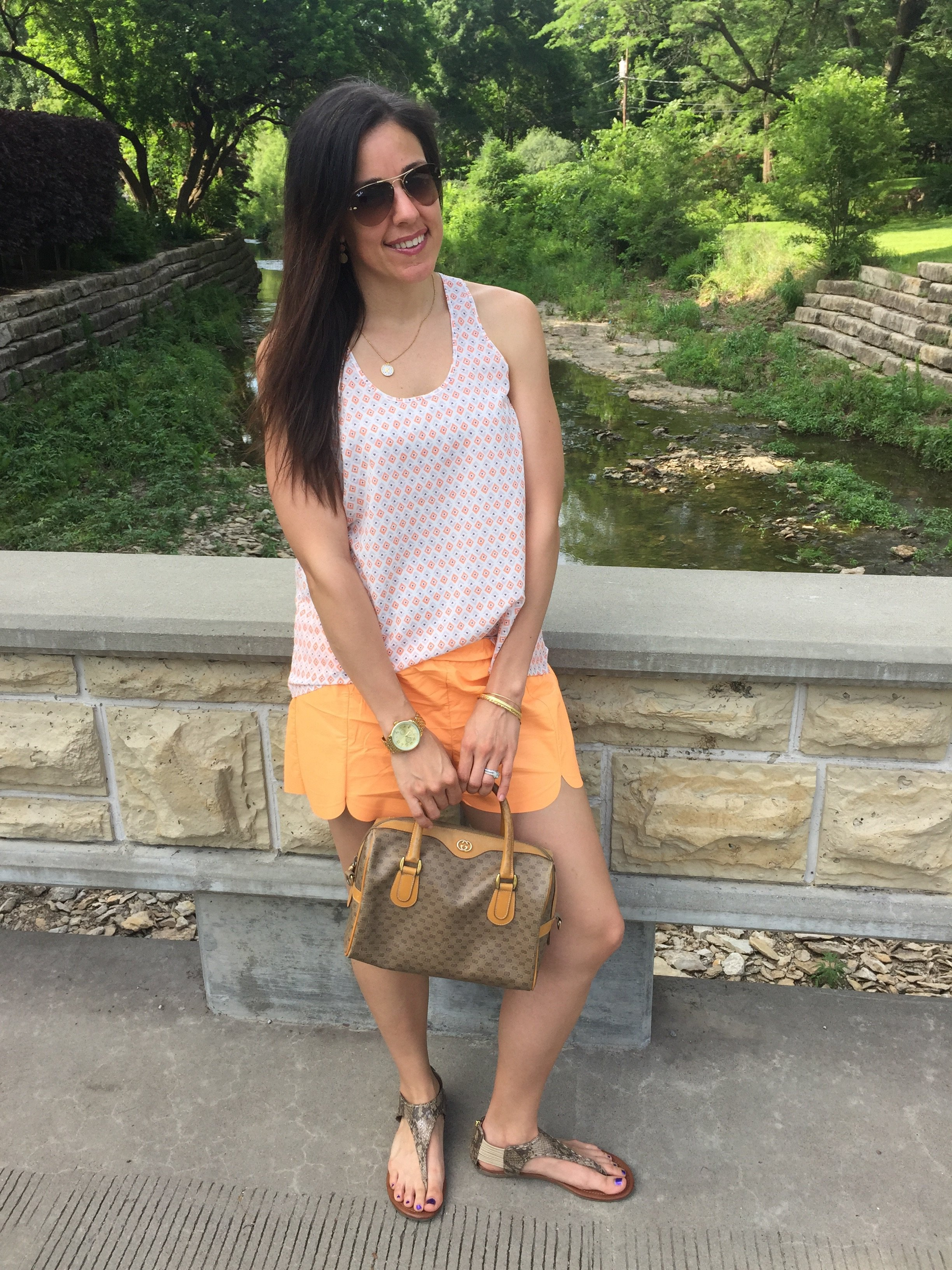 How to style colored shorts | summer fashion tips | styling for spring and summer | warm weather fashion | shorts outfit