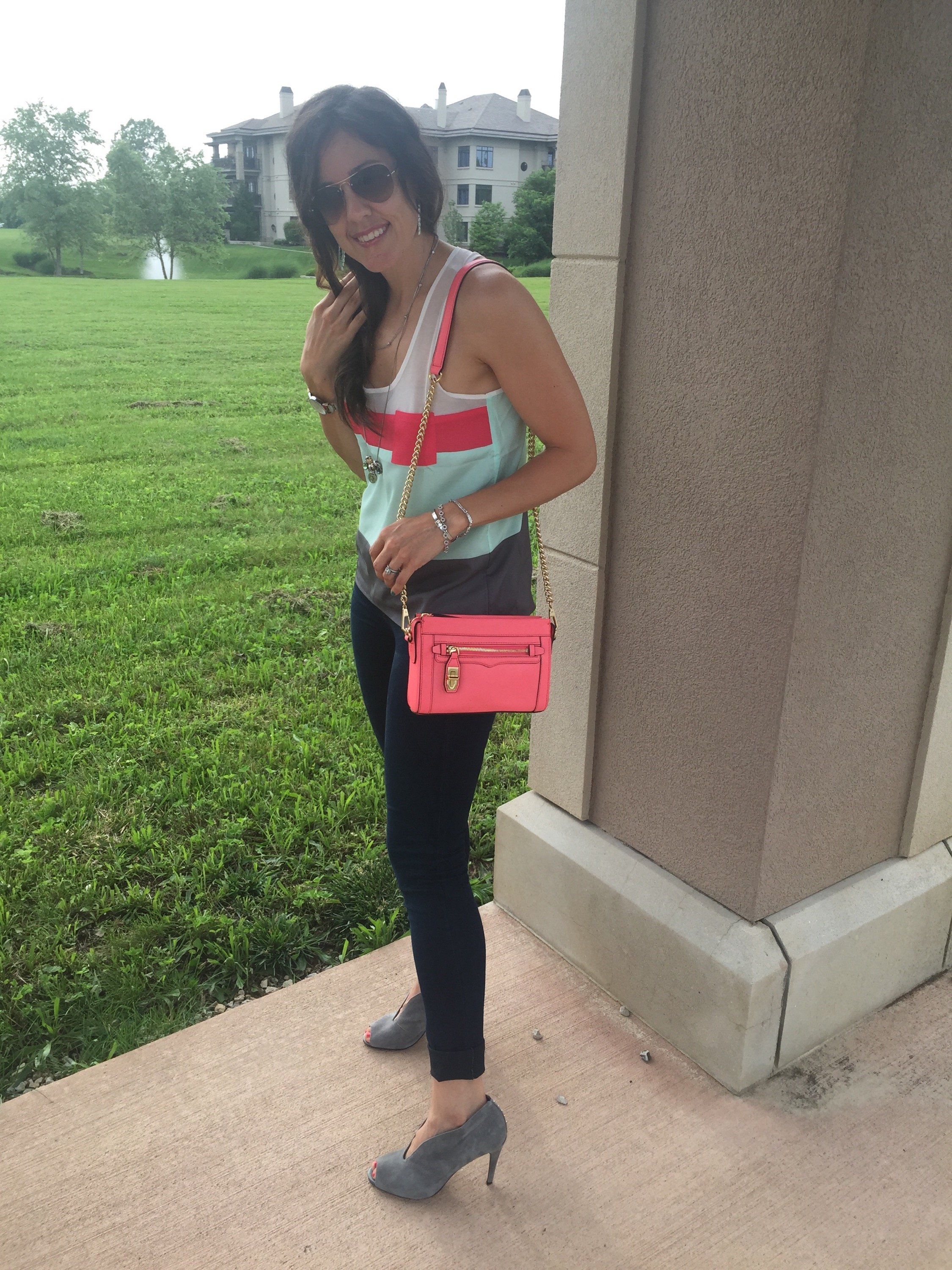 How to dress up a casual tank, spring fashion tips, spring and summer style ideas, warm weather fashion