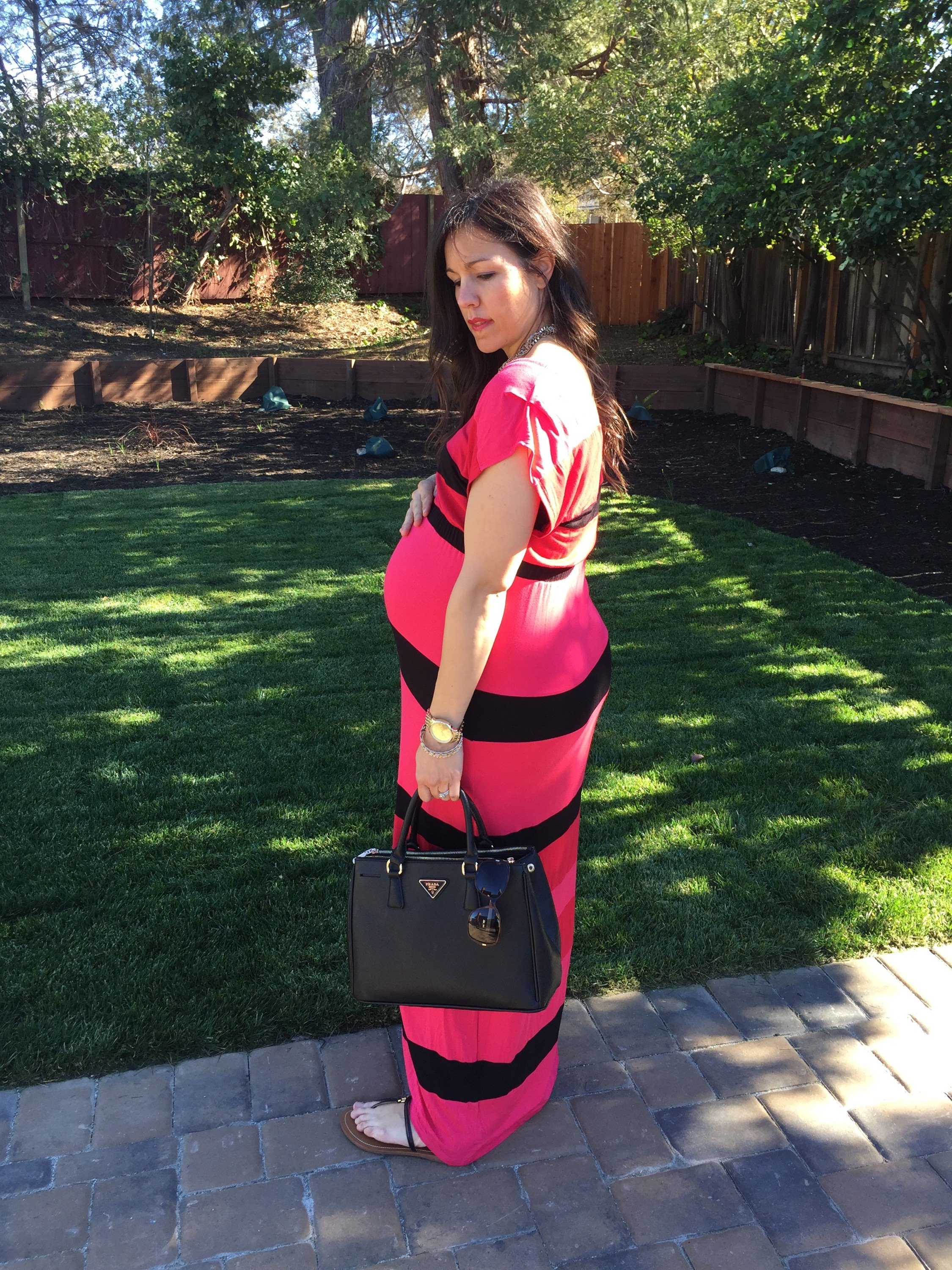 how to style the bump   maternity fashion   fall style   fall fashion tips   cool weather fashion   maxi dress for winter