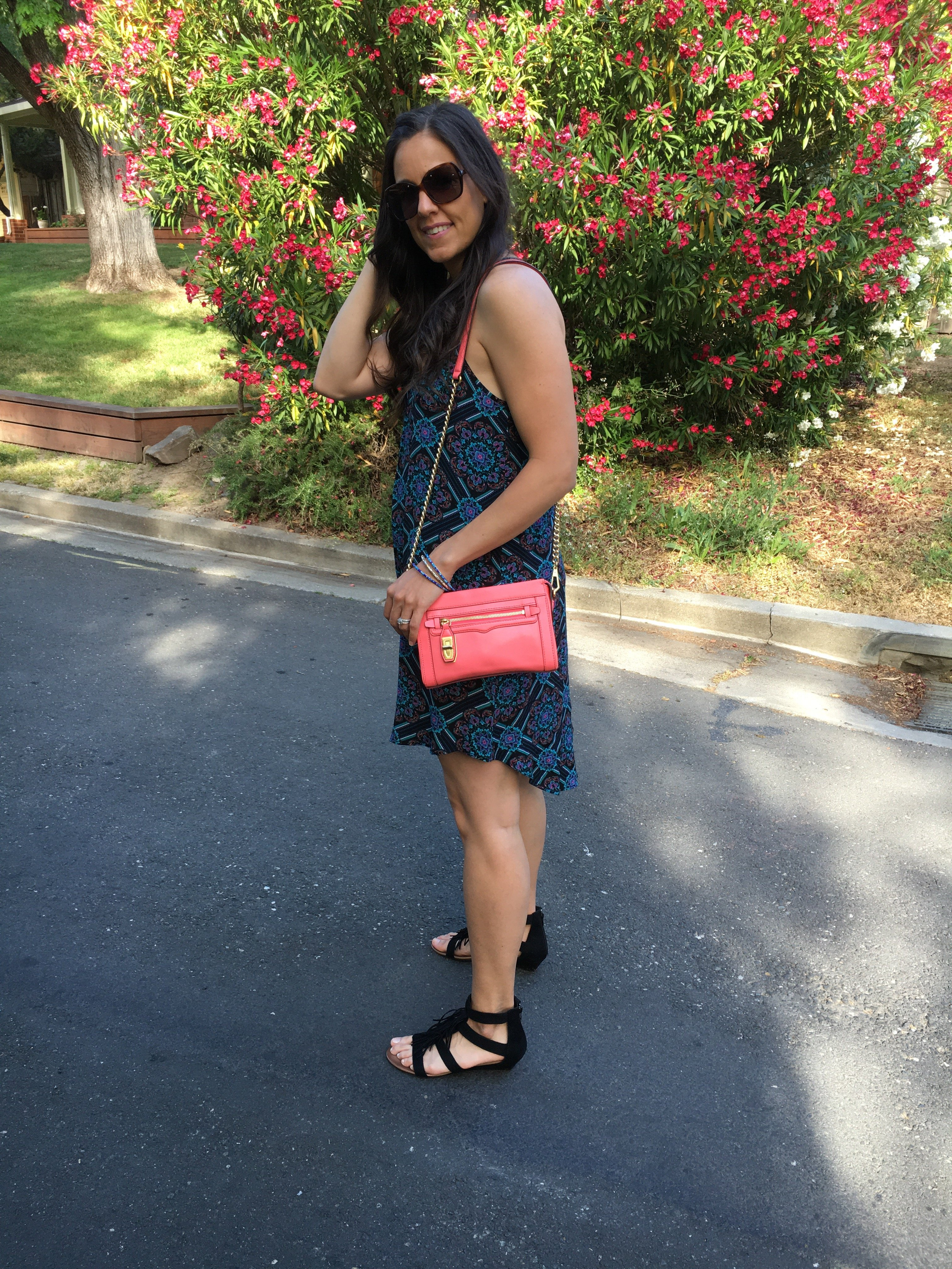 How to style print dress | spring and summer style ideas | spring fashion tips | fringe sandals | warm weather fashion