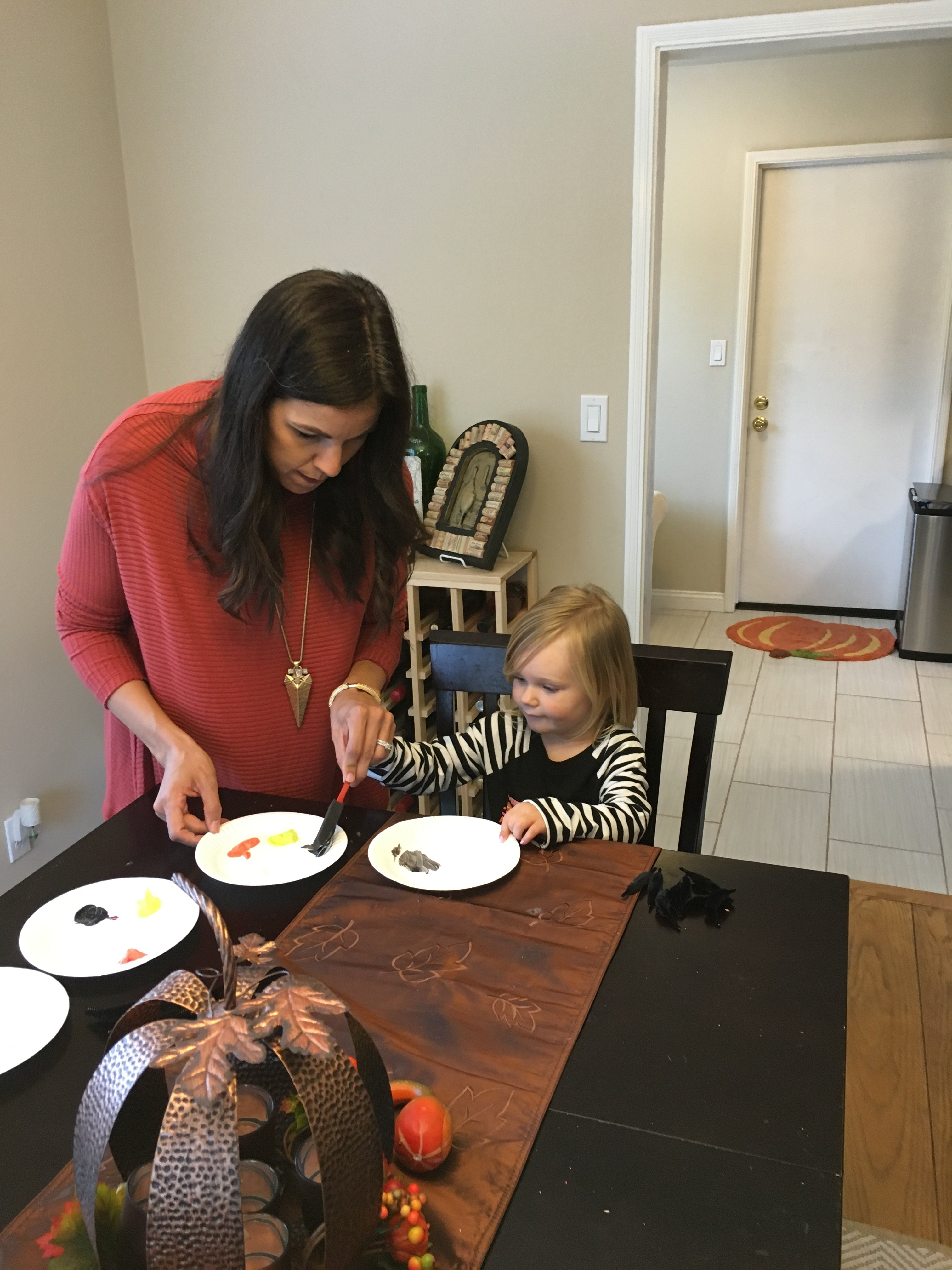 Halloween Art Projects | mom and daughter | fall kids activities | fall activities | family life | The Flexman Flat