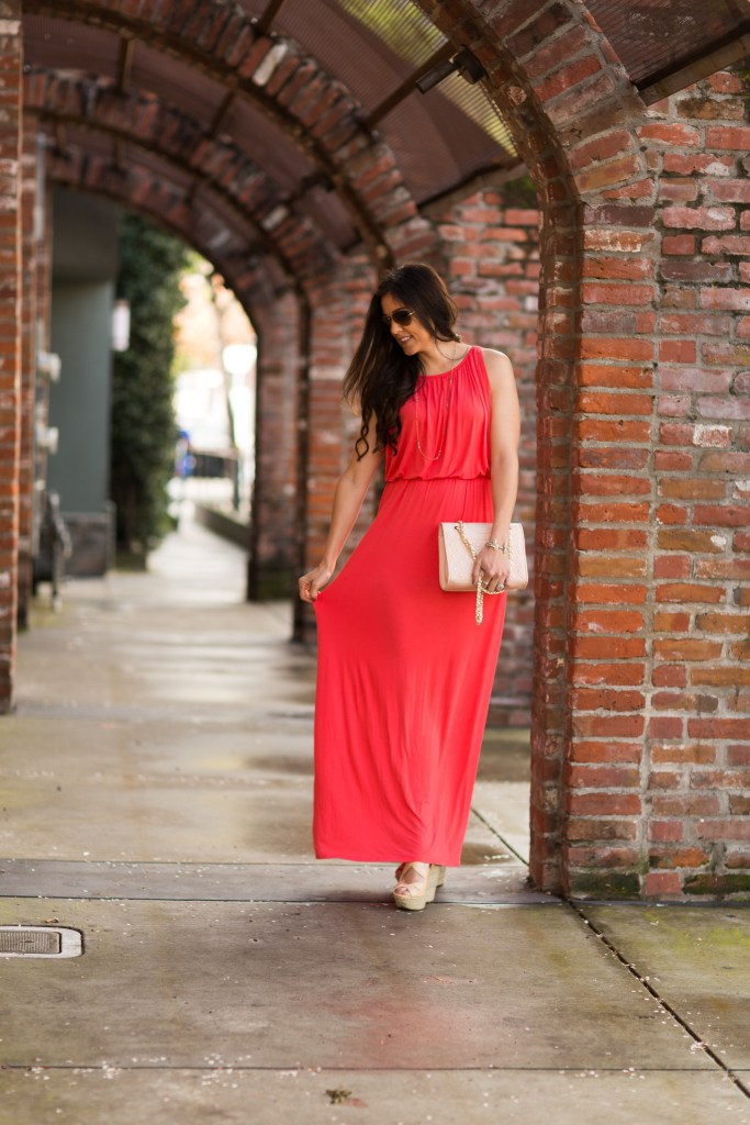 Styling a maxi dress, tips for styling a maxi dress, spring fashion, spring styling tips, how to style a maxi dress, styling tips for wedges