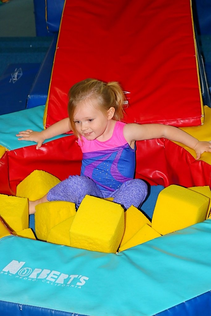 Toddler Independence, Tips for toddler independence, Building toddler confidence, Tips on fostering independence in kids