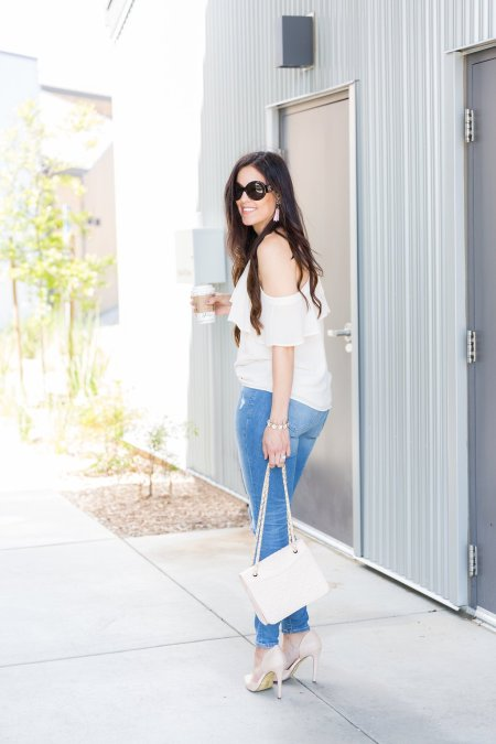 Cold Shoulder Top, How to style cold shoulder top, could shoulder top outfit, how to style ruffles, ruffle top outfit, spring and summer fashion