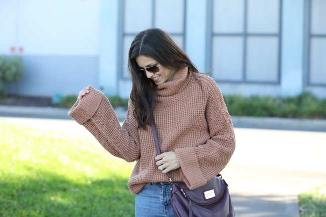 Cozy Sweater For Your Thanksgiving Outfit