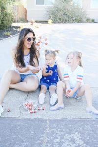 Mom Life Monday: Taking In The Moments + 4th of July Style