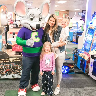 Kansas City: Saturday Mornings with Chuck E. Cheese