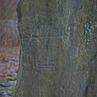 Nokian kartanon kappelin pystykivi: hautakivi vai jotain muuta?