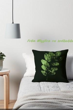 Exemple d'un design Folia Mystica, en vente sur redbubble.com