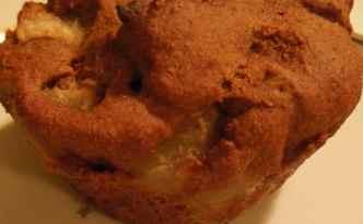 Pæremuffins med lakrids-marcipan