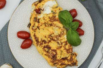 gesundes-kalorienarmes-fruehstueck-Omelett
