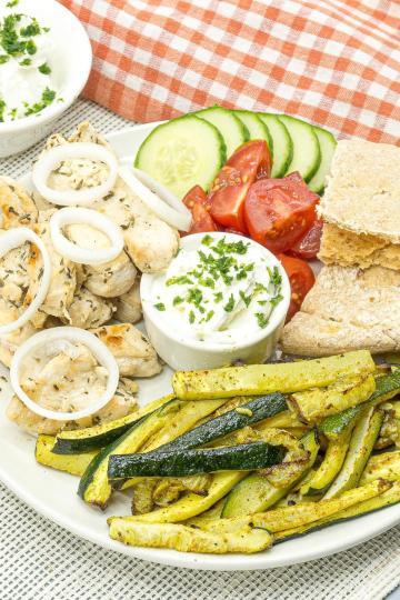 Gesunde kalorienarme Rezepte Fast Food Gyros Teller