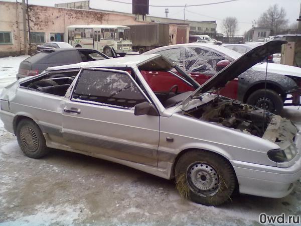 Битый автомобиль LADA ВАЗ 2113 2006 в Калуге
