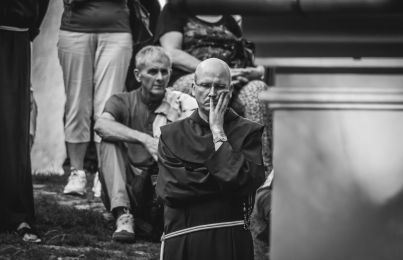 procesja Boleści NMP z bazyliki do Domku Matki Bożej - Kalwaria Zebrzydowska - 11 sierpnia 2019 r. - fot. Artur Brocki - Kalwaria 24