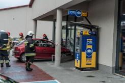 Nieszczęśliwy wypadek obok biedronki - 9 lipca 2020 - fot. Andrzej Famielec - Kalwaria 24 {Filename»}00986