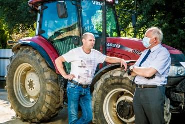 Rekonensans terenowy dotyczący przebiegu i zaawansowania prac związanych ze zbiorem zbóż - 28 lipca 2020 r. - fot. Andrzej Famielec - Kalwaria 24 -02411
