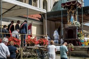 Procesja Wniebowzięcia NMP - 16 sierpnia 2020 r. - fot. Andrzej Famielec - Kalwaria 24-05279