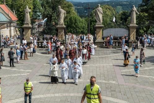 Procesja Wniebowzięcia NMP - 16 sierpnia 2020 r. - fot. Andrzej Famielec - Kalwaria 24-05375