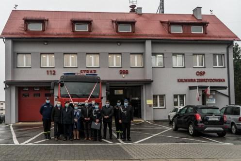 Przekazanie wozu bojowego OSP w Kalwarii Zebrzydowskiej - 3 listopada 2020 r.- fot. Andrzej Famielec - Kalwaria 24-09574