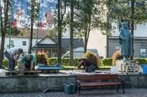 Montaż makiety przedstawiającej XVII wieczne dobra Zebrzydowski - 28 lipca 2021 r. - fot. Andrzej Famielec - Kalwaria 24-07479