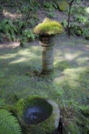 竹の庭近辺には風情豊かな場所が多くあります。