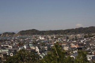 安国論寺。富士見台からは天気次第で富士山、由比ガ浜、稲村ガ崎などが見渡せます。