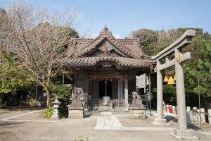 小動神社本殿。