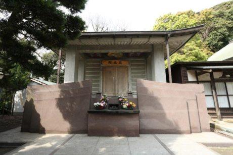 龍口寺寂光殿。