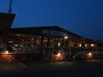 クイックシルバーは夜も22:00まで営業しています。ラストオーダーは21:00です。