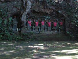 神武寺の六地蔵。