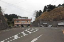 清澄養老ラインを登ると清澄寺門前のドライブインに出ます。駐車場はこの少し手前にあり、参拝の方はこののまま入り、境内にも駐車していたようでした。