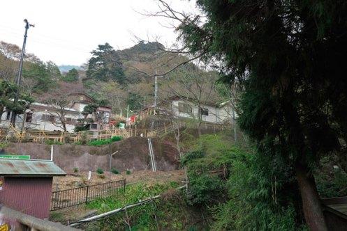 「大山ケーブル駅」が見えてきました。【大山阿夫利神社】