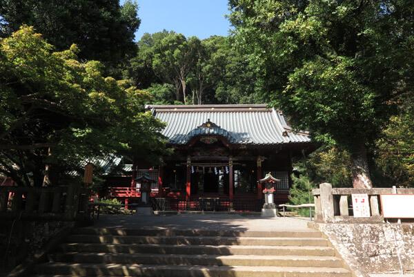 伊豆山神社、本殿。