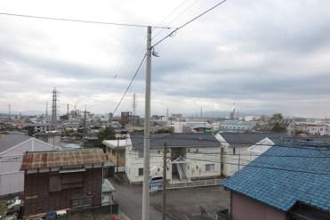 清岩寺からの光景。源頼朝がこの辺りに陣を敷いたと言われています。