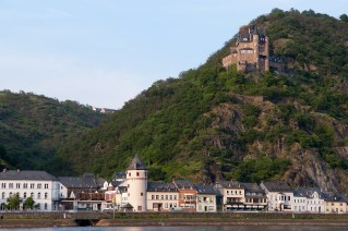 St. Goarhausen y el castillo Katz