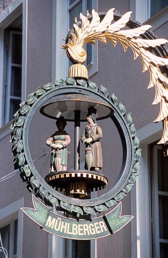 Escudo gremial en la Getreidegasse.