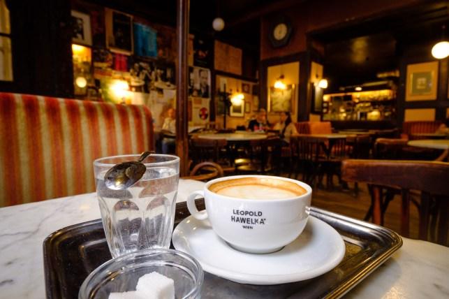 Café Hawelka.