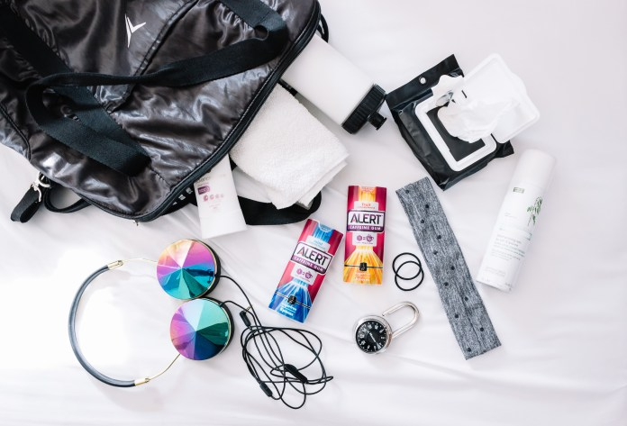 whats-in-my-workout-bag-2
