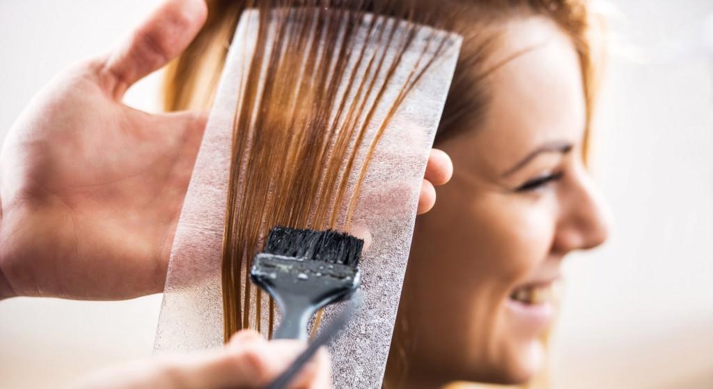 8 vecí, ktoré by si mala vedieť pred nafarbením vlasov