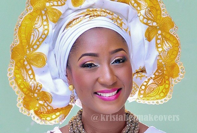 Make Up And Gele #20: Hot Something!