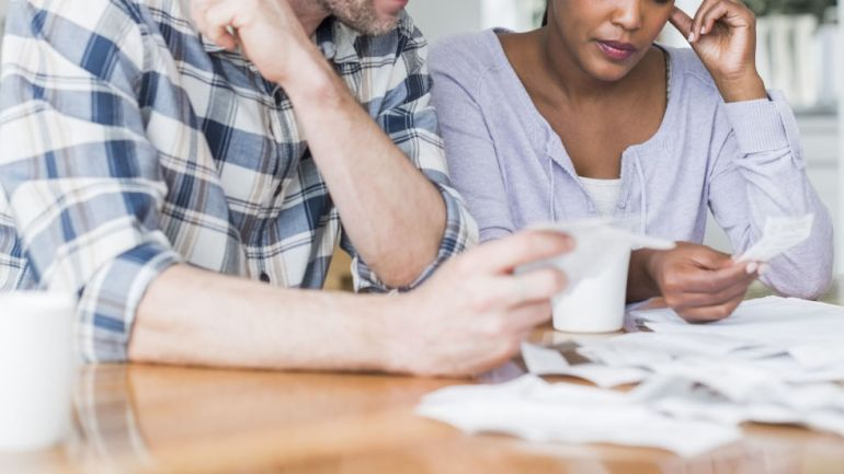 Just Got Engaged? Here are Five Money Related Tips You Should Know