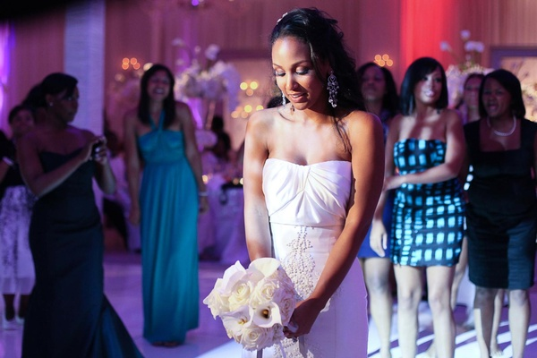 What Does It Really Mean to Catch the Bouquet / Garter At A Wedding?