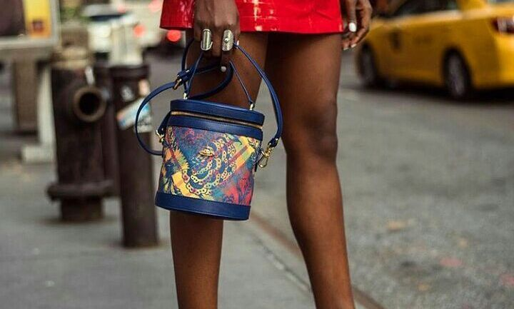 """Accessories: Bucket Bags Are The New """"IT""""Bags!"""