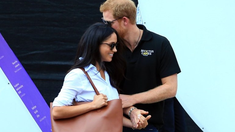 7 Cute Couple Moments Of Prince Harry & Meghan Markle In Photos!